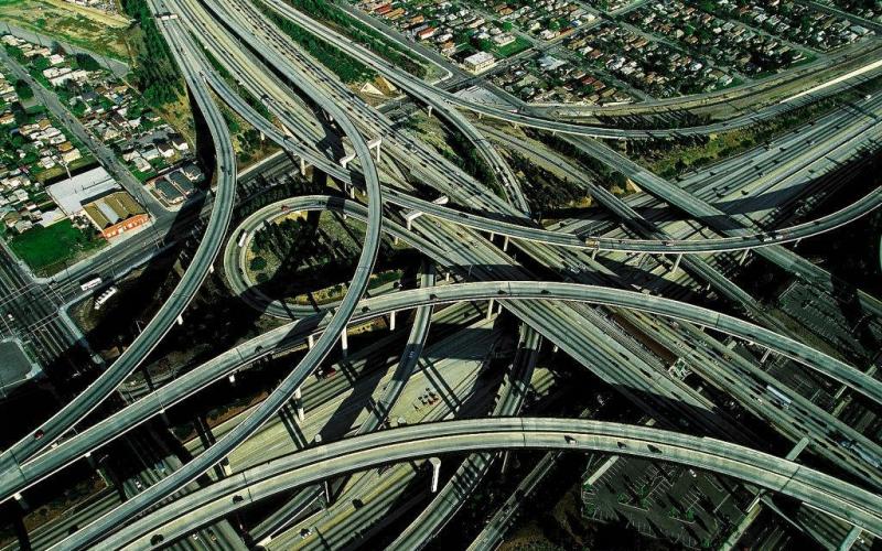 [Imagen: autopistas-increibles_www_Humor12_com.jpg]